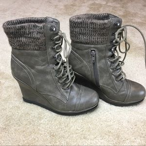 Mossimo for Target Kalare Gray Wedge Boots sz 8